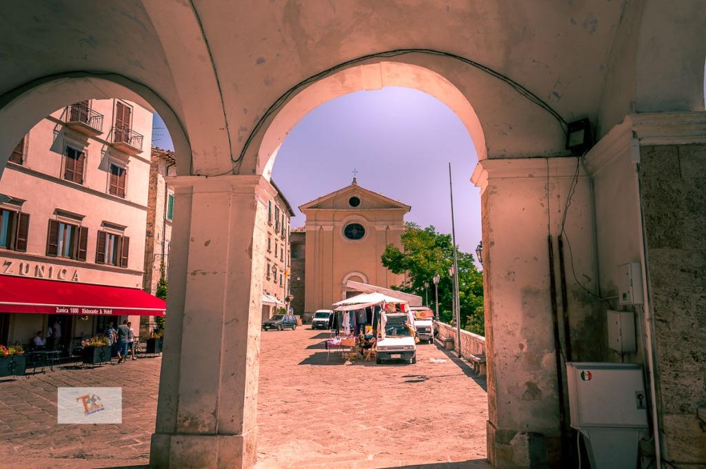 Civitella del Tronto, Collegiata di San Lorenzo- Turista a due passi da casa
