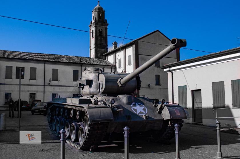 Brescello, Museo Don Camillo e Peppone, il carro armato - Turista a due passi da casa