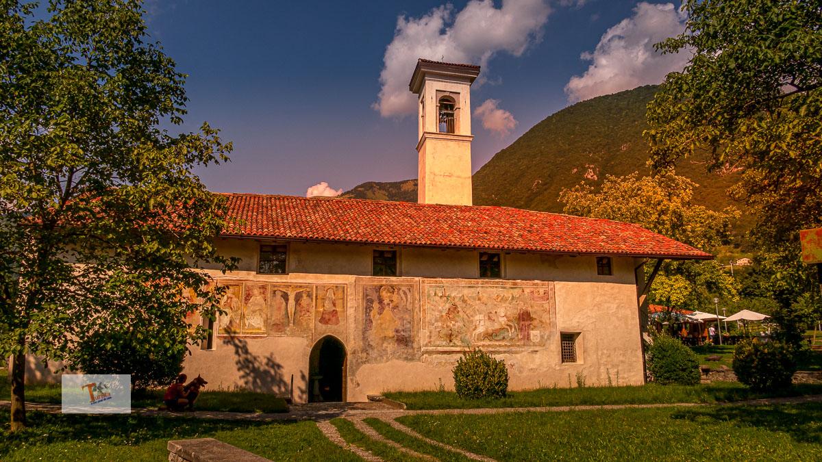 Piramidi di Zone, chiesa di San Giorgio- Turista a due passi da casa
