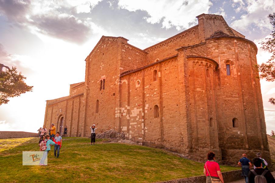 San Leo, Duomo di San Leone - Turista a due passi da casa