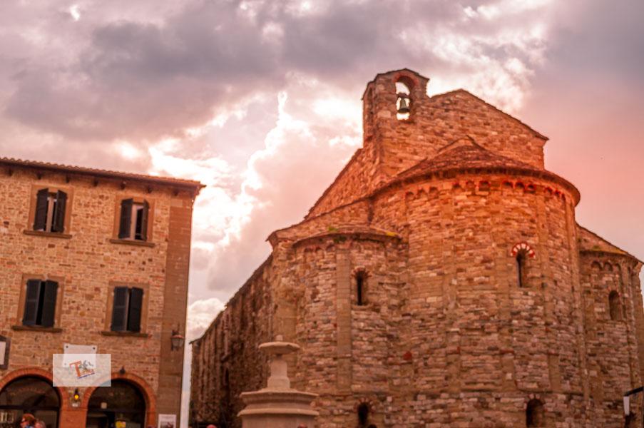 San Leo, Pieve Santa Maria Assunta - Turista a due passi da casa