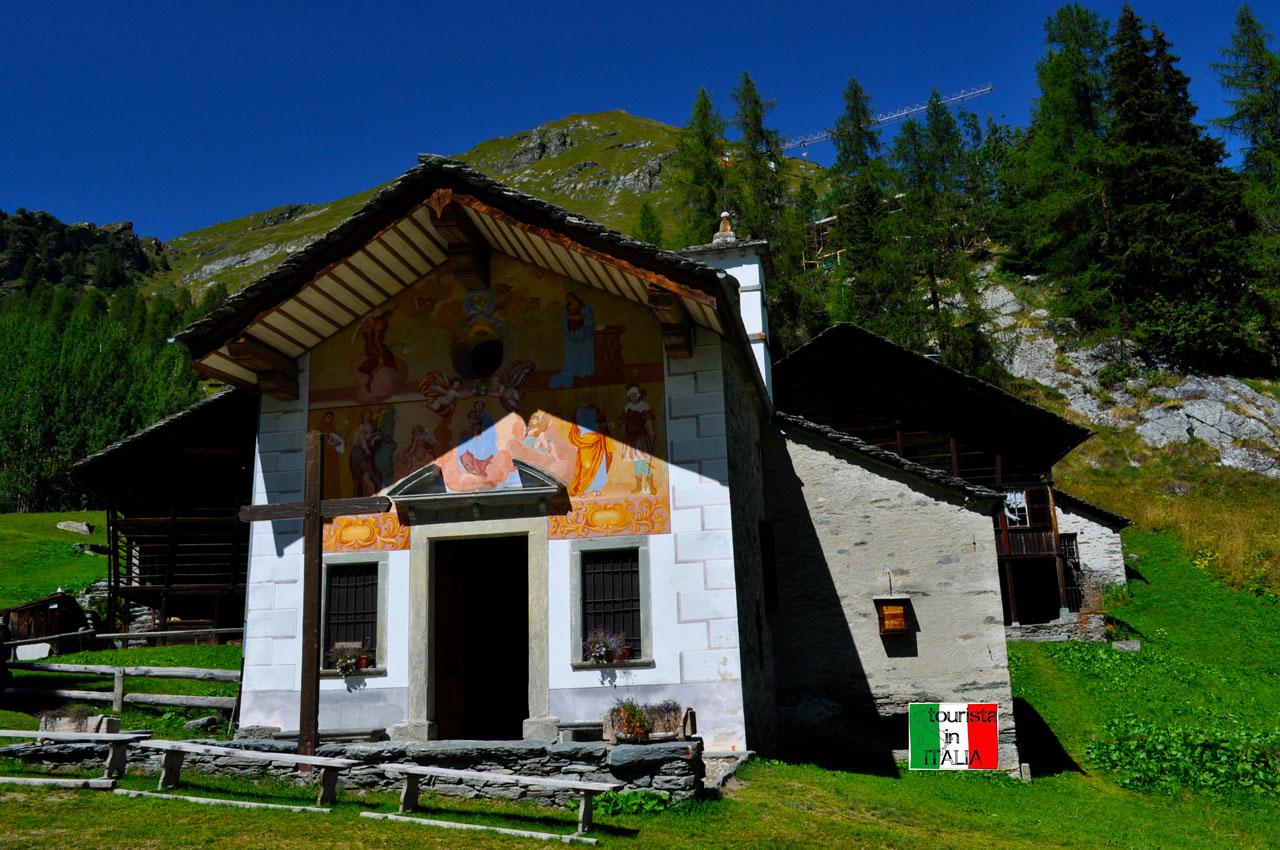 Follu, cappella Madonna della Neve