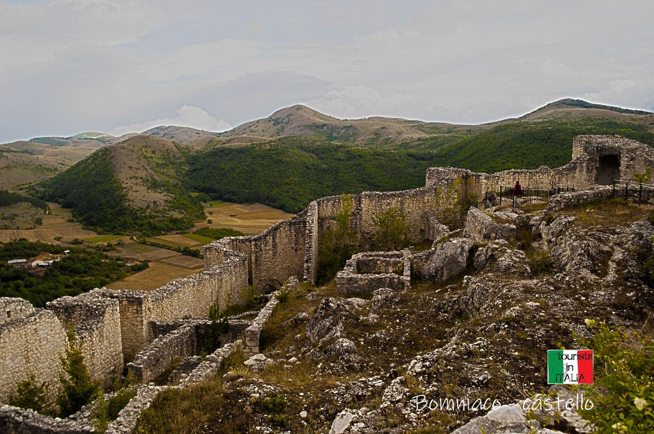 Bomniaco, castello interno
