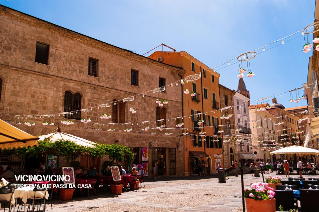 Alghero, Piazza Civica