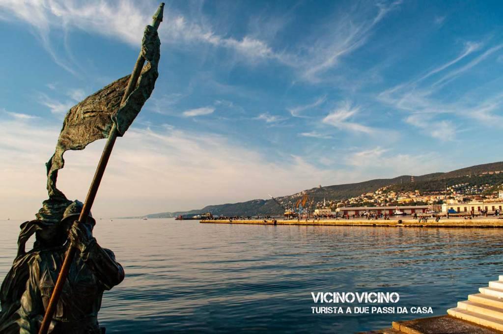 Trieste, vista sul molo Audace