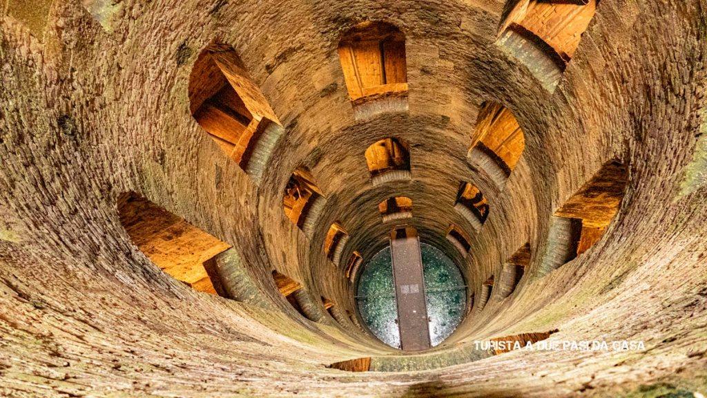 Orvieto, pozzo di San Patrizio- Turista a due passi da casa