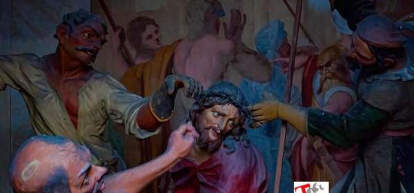 Sacro Monte Ossuccio, particolare di una Cappella - Turista a due passi da casa