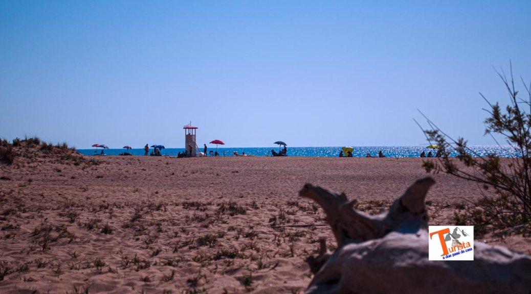 Spiaggia di Piscinas, Turista a due passi da casa