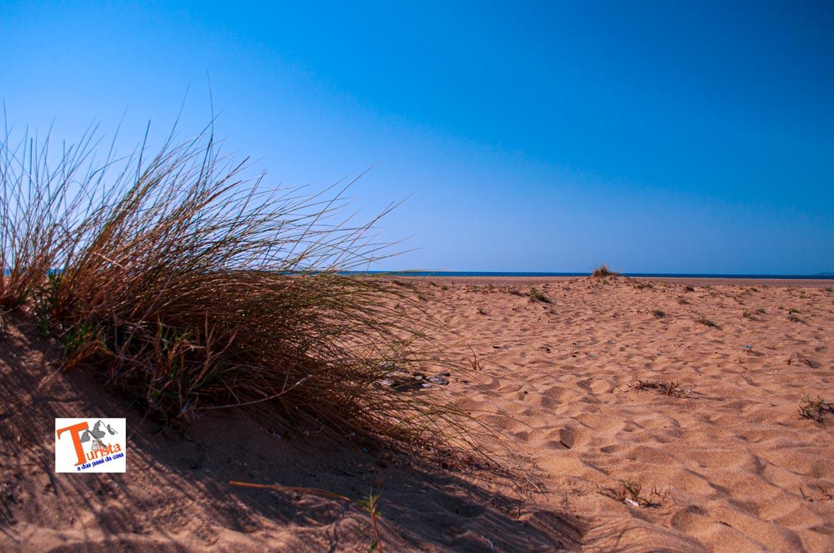 Spiaggia e dune di Piscinas, Turista a due passi da casa