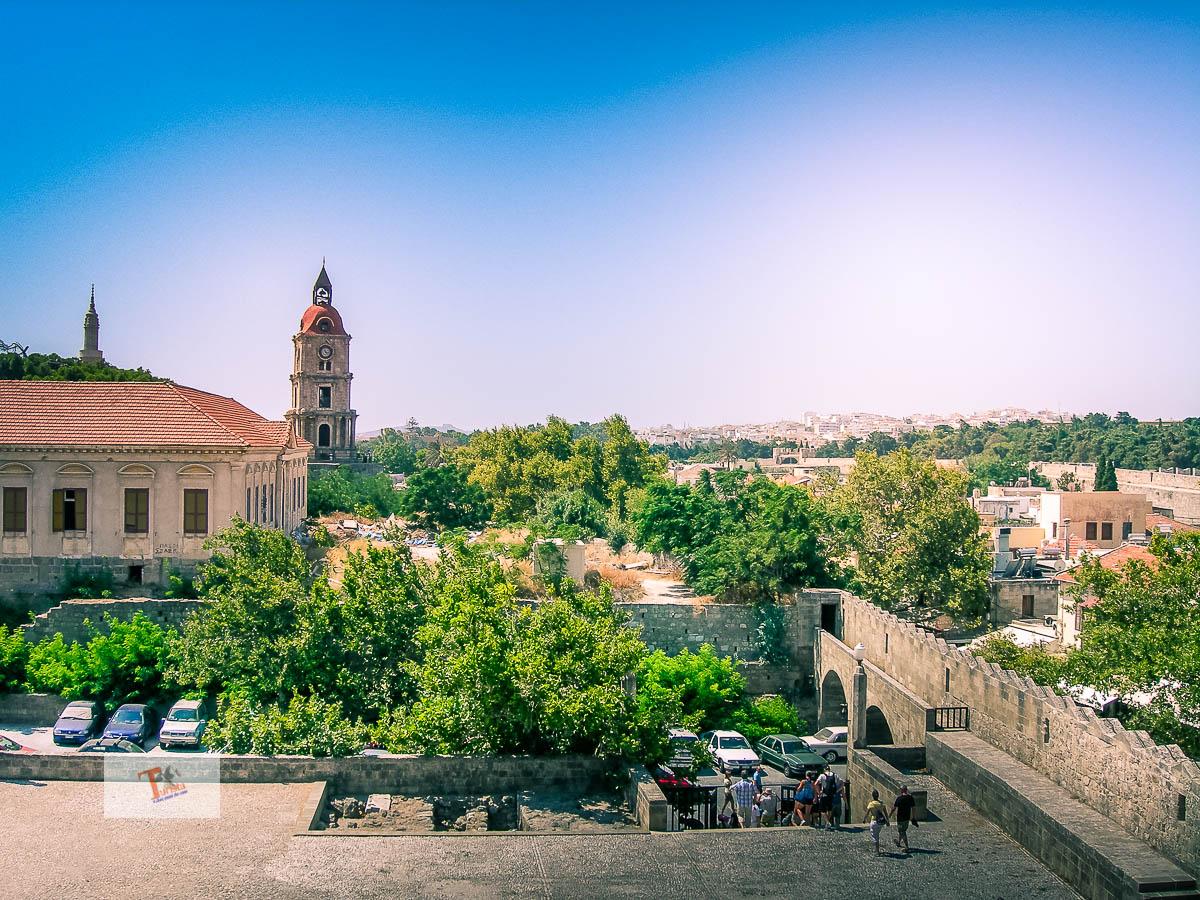 Rodi, vista sulla città dal palazzo dei Cavalieri - Turista a due passi da casa