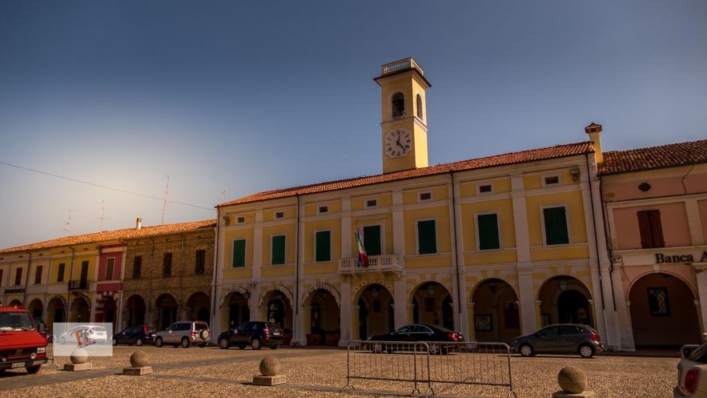 Pomponesco, Palazzo comunale- Turista a due passi da casa
