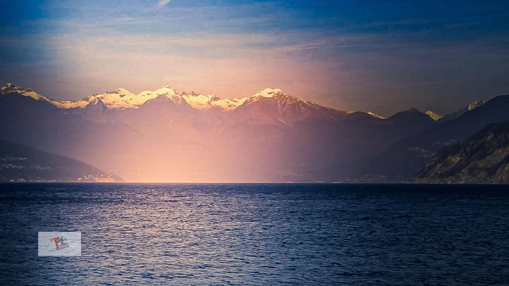 Bellagio, vista su lago da Punta Spartivento - Turista a due passi da casa