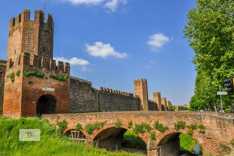Montagnana, mura cittadine - Turista a due passi da casa
