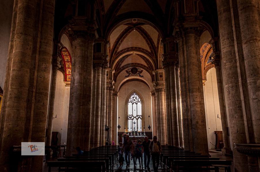 Pienza, Duomo, interno - Turista a due passi da casa