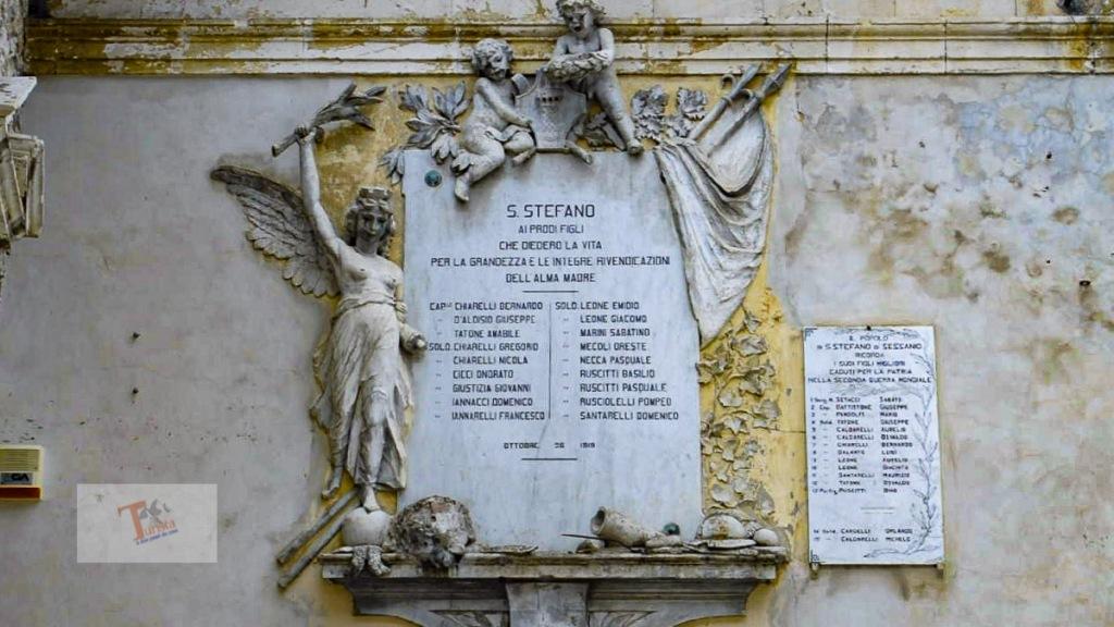 Santo Stefano di Sessanio, monumento ai caduti - Turista a due passi da casa