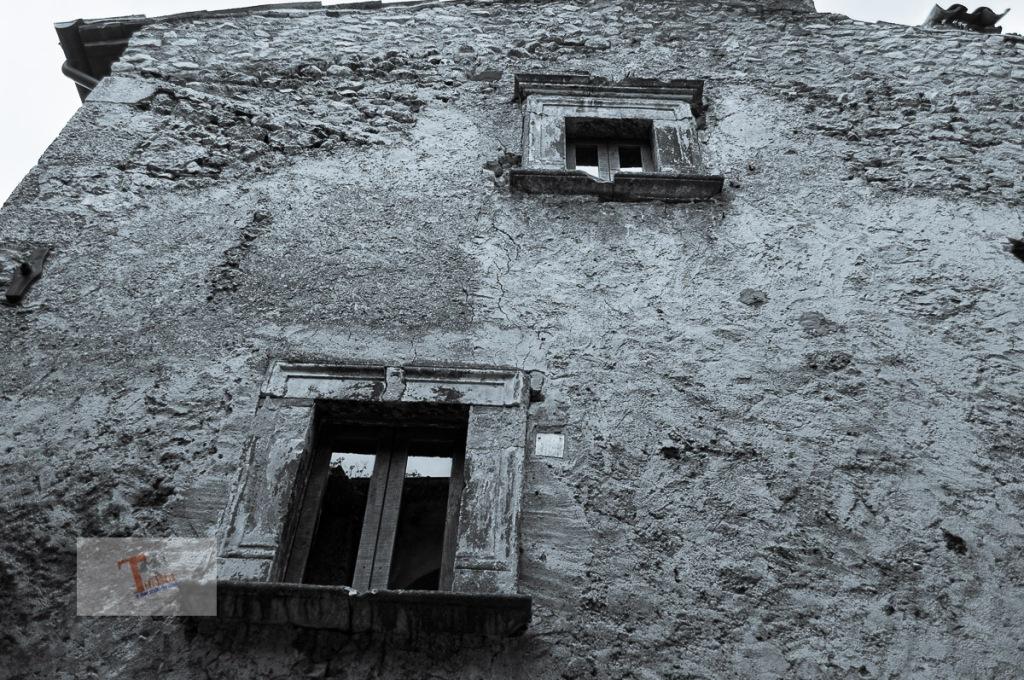 Santo Stefano di Sessanio particolare abitazione - Turista a due passi da casa