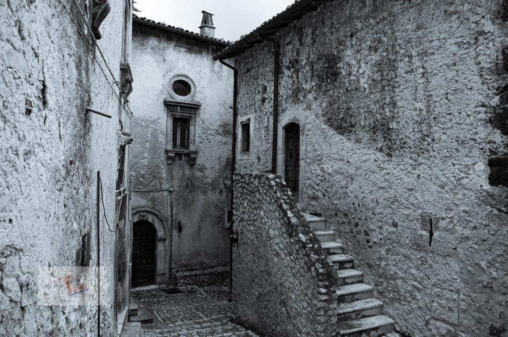 Santo Stefano di Sessanio scorcio - Turista a due passi da casa